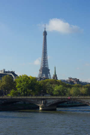 View of Seine, Paris, with Eiffel tower and Pont des Invalides in background Stock Photo - 16673098