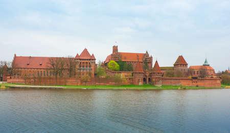 teutonic: Teutonico castello di Malbork in Pomerania regione della Polonia su Nogat fiume Patrimonio Mondiale dell'UNESCO del sito Knights Editoriali