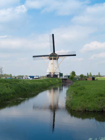 holland rural windmills, molens van kinderdijk Stock Photo - 20898616