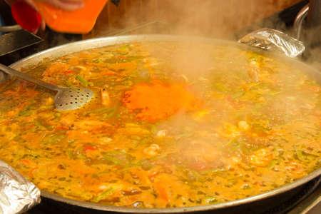 marisco: traditional spanish dish paella