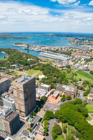 Aerial view of Sydney suburbs Potts Point and Elizabeth Bay and Botanic Garden with Sydney Harbour. Sydney, Australia Stock Photo