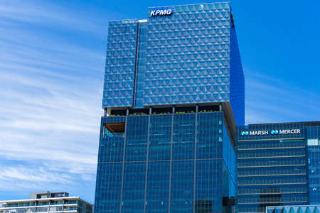 Melbourne, Australia - December 7, 2016: Professional services companies corporate offices KPMG, Mercer and Marsh 報道画像