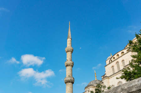 Stone minaret of Blue Mosque in Istanbul, TUrkey Archivio Fotografico