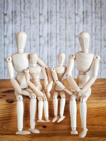 proportions of man: Photos wooden dolls, happy family with children