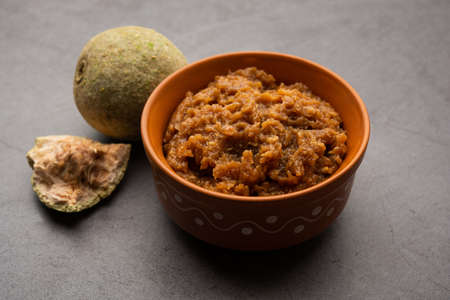 Wood Apple or Kavath chutney is a sour and sweet side dish recipe from India Foto de archivo