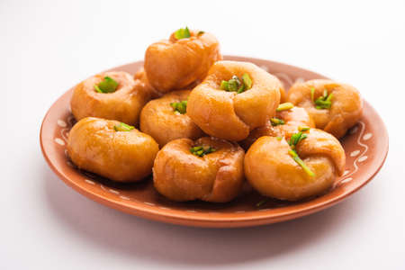 Balushahi or Badushah or Mughlai dish is a traditional Indian soft and flaky dessert or sweet food also popular in Pakistan and Bangladesh Stockfoto