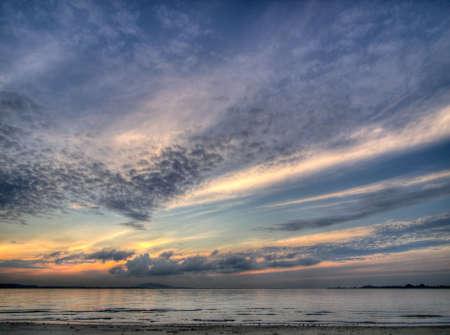 breaking dawn: Rompiendo el amanecer Foto de archivo