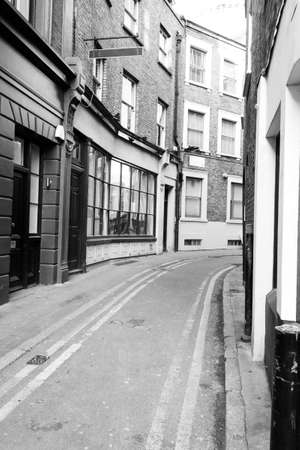 quaint: Traditional London Back street with Double Yellow Lines