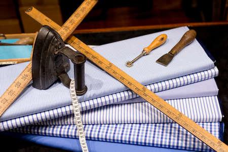 布貿易のツールの洋服屋のある静物 写真素材