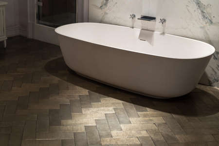 marble flooring: Ultra Stylish and Luxurious Bath Tub