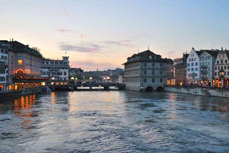 zurich: Zurich, Switzerland. Beautiful sunset on the river Limmat