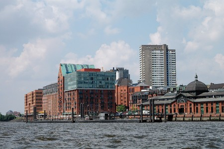 Former City warehouse (extended and renovated) and fishmarket in Hamburg