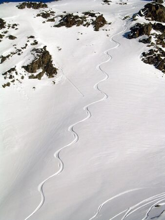 track of a snowboard