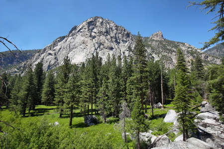 kings canyon national park: Sierra Nevada Scenery in Kings Canyon National Park, California Stock Photo