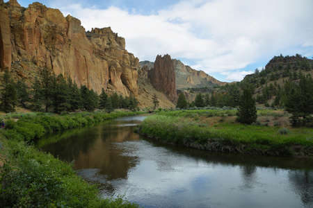 Crooked river in Smith Rock Park, Oregon