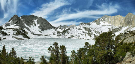 mammoth lakes: Iced Ruby lake near Mono pass trail, California