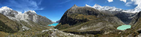 Artesoncocha lake and Paron Lake (left), Ancash province, Peru Stockfoto