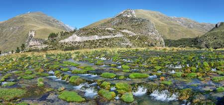 Clear waters of Cañete river near Vilca village, Reserva paisajística Nor Yauyos-Cochas, Peru Imagens
