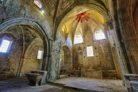 Ruins of an ancient abandoned monastery in Santa Maria de rioseco, Burgos, Spain. Imagens