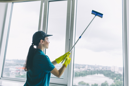 cleaner works at window.