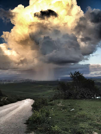 virulence: Cell of a storm, Which discharged water and hail with great virulence