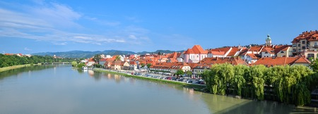 Panoramic view of Maribor city, Slovenia. Drava River, buildings and mountains of Maribor. Imagens