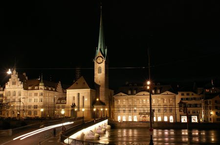 Fraumuenster - is a famous cloister in Zuerich, where vitrages of Mark Shagal are places.   Banque d'images