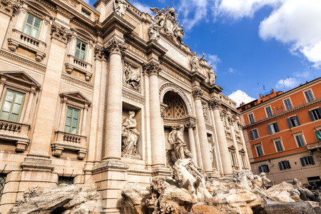 di: Trevi Fountain (Fontana di Trevi) in Rome, Italy. Trevi is most famous fountain of Rome