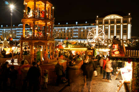 striezelmarkt: Striezelmarkt on the Old Market Square, Saxony, Germany, Dresden