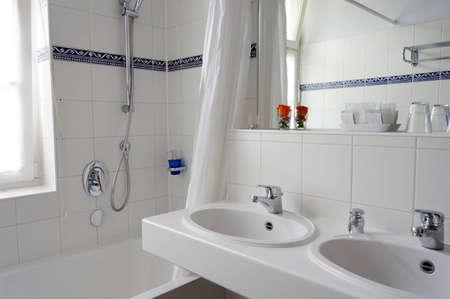 Bathroom Reklamní fotografie - 33189364