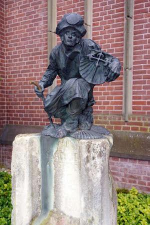 apostle: Apostle Jacobus monument in front of St. Anthonys Church, Kevelaer, North Rhine-Westphalia, Germany