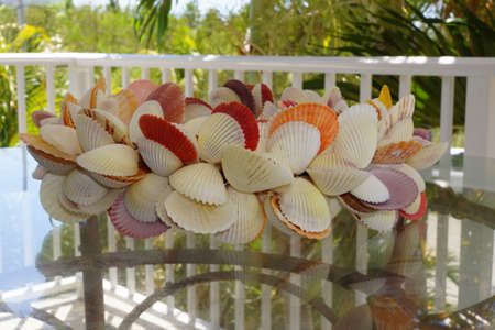 to tinker: Shell wreath as table decorations Key Largo Florida USA