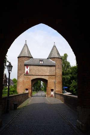 north  rhine westphalia: Klever Tor, Xanten, Nordrhein-Westfalen, Deutschland Editorial