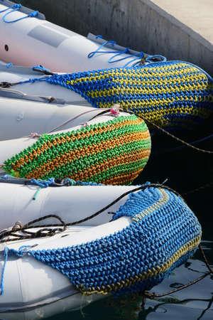 dinghies: geschtzter Bug dinghies, Port Ghalib Egypt,