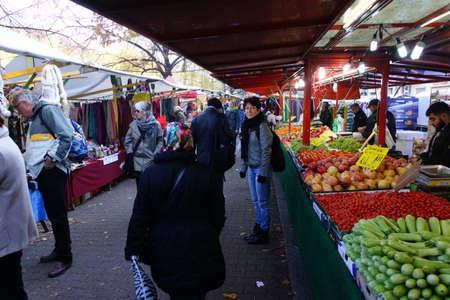e market: Trkenmarkt in Maybachstrasse in Neuklln, Berlin, Germany