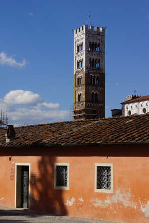 martino: View from the ramparts to the Kethedrale San Martino, Lucca, Tuscany, Italy