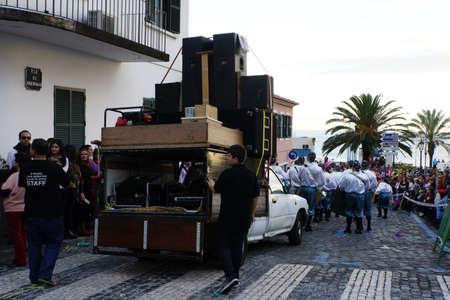 santa cruz: grosse Karnevalsparade, Santa Cruz, Madeira, Portugal