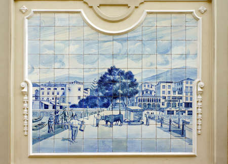weiss: Tile picture with historical scene in the Old Town, Funchal, Madeira, Portugal