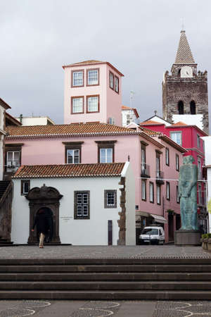 glaube: View through Rua dos Cepelistas to the cathedral, Funchal, Madeira, Portugal
