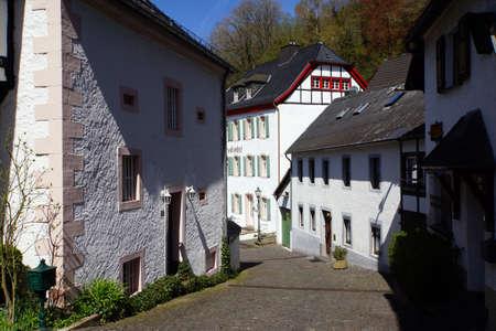 Straße im historischen Zentrum, Blankenheim, Nordrhein-Westfalen, Deutschland
