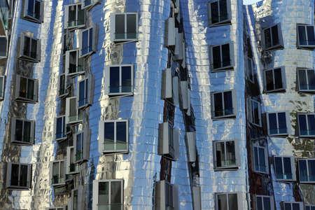 미디어 하버, 뒤셀도르프, 노르 트 베스트 팔 렌, 독일의 Gehry 건물 스톡 콘텐츠