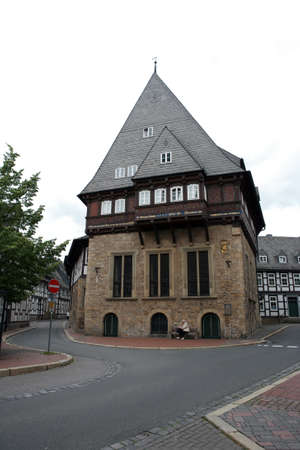facade baudenkmal: Baker guild house - half-timbered house in the historic town, Goslar, Lower Saxony, Germany Stock Photo