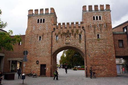 landshut: Ländtor, historical city gate in Landshut, Bavaria, Germany