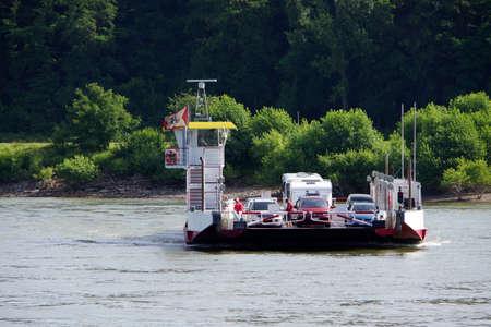 rheintal: Rhine ferry between Bad Breisig and Bad Hoenningen, Rhineland-Palatinate, Germany