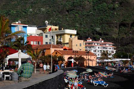 beach in Puerto de Tazacorte, La Palma, Canary Islands, Spain Standard-Bild - 109267098
