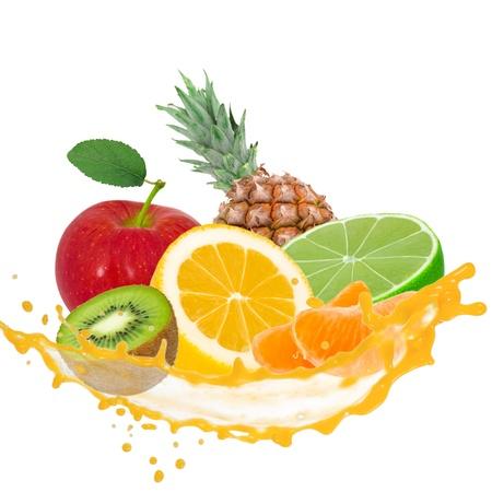 Früchte mit Splash isoliert auf weiß Standard-Bild - 14823522