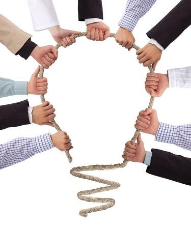 � teamwork: Mani corda che tiene la formazione di bulbo, idea concetto
