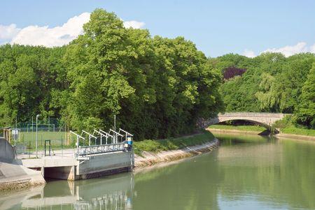 hydroelectric station: Idroelettrica Station e Canal come simbolo della Sostenibilit� Ambientale