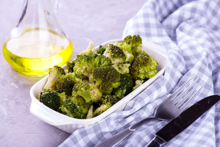 baked roasted garlic parmesan and olive oil broccoli dish