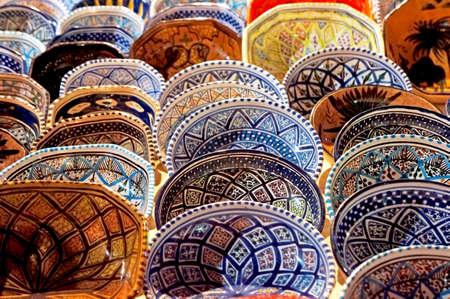 tunisian: Handmade Tunisian decorated plates in a marketplace  Stock Photo